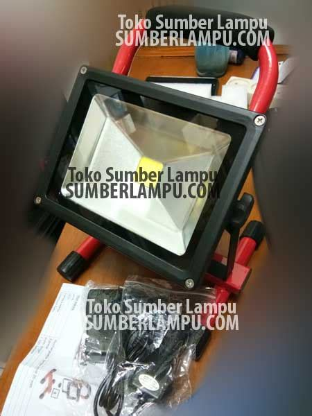Lu Sorot Led Indoor lu sorot led 10w 20w 30w 50w portable toko sumber lu