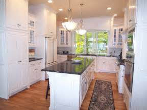 U Shaped Kitchen Layout With Island 5 Most Popular Kitchen Layouts Kitchen Ideas Amp Design