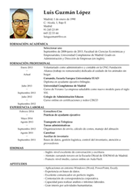 Modelo De Curriculum Vitae Empleado Administrativo Modelo De Curr 237 Culum V 237 Tae Asistente Ejecutivo Asistente Ejecutivo Cv Plantilla Livecareer