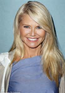 Makeup For 62 Year Old | christie brinkley shows off her toned legs in daisy dukes