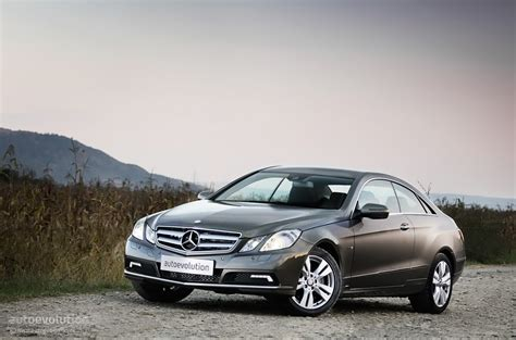 mercedes recalls 85 000 cars due to power steering