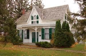 revival cottage revival cottages ferrebeekeeper