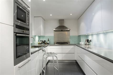 cuisine v馮騁arienne simple modern white lacquered kitchen contemporary kitchen