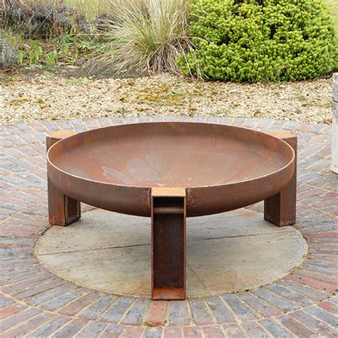 vulcan welded steel fire pit by magma firepits