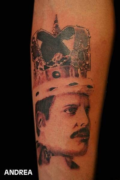 tattoo fail freddie mercury freddie mercury tattoo pesquisa google tattoo