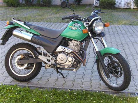 honda slr 650 1999 honda slr650 moto zombdrive com