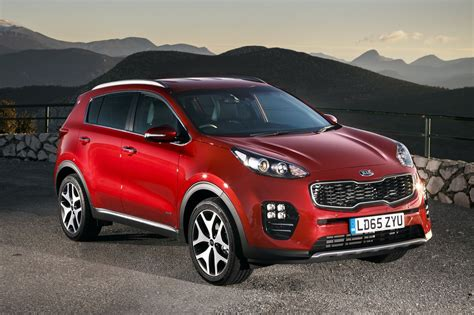kia sportage kia sportage estate 2016 photos parkers