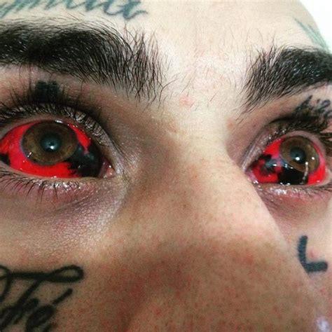 eyeball tattooing trend eyeball tattoos are the creepiest trend others
