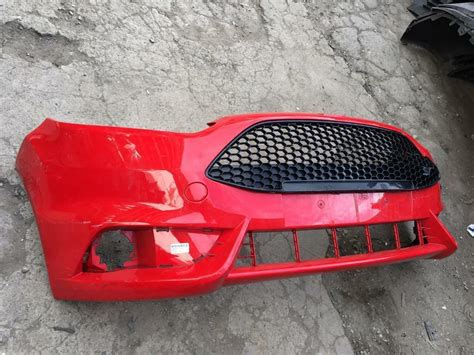 ford focus st  front bumper  sale  grill