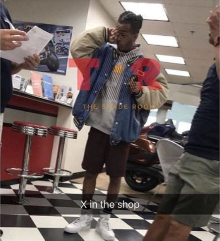 check out last photo of 20 year old #xxxtentacion moments