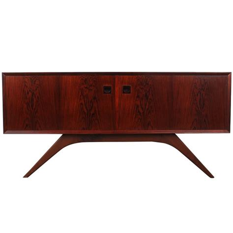 Moderne Sideboard 657 by Mid Century Modern Rosewood Sideboard By Brouer