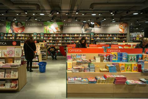 libreria carrefour carugate la mue spectaculaire de l hyper carrefour