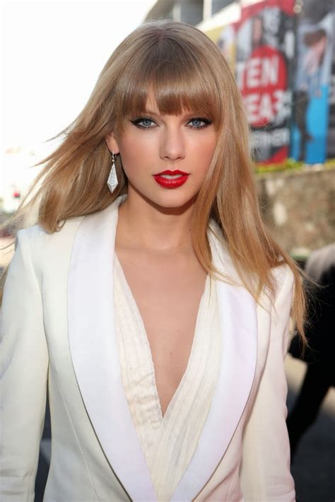 haircuts blunt bangs hot celebrity haircut taylor swift s blunt bangs