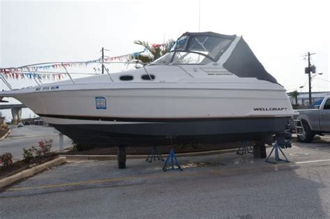 wellcraft  martinique boats  sale yachtworld