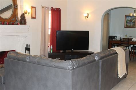 historic 3 bed 2 bath house has access and air conditioning updated 2019