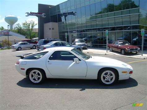 porsche 928 white 1987 white porsche 928 s4 29201122 photo 5 gtcarlot