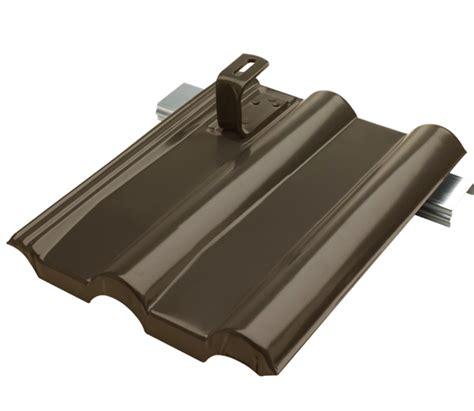 dachziegel aus blech lehmann metallplatte taunus dunkelbraun paulus dach