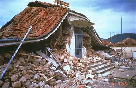 earthquake greece greece quake of 6 4 magnitude detected west of crete