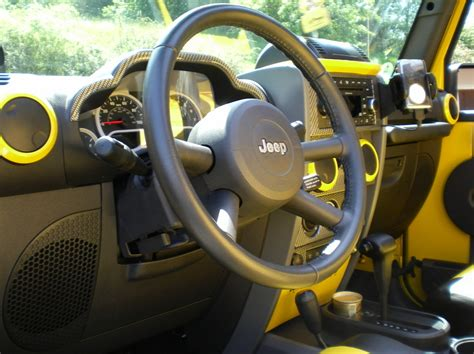 Jeep Jk Interior Mods Anyone Painted Interior Parts To Match Exterior Of Jeep