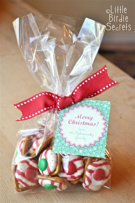 holiday pretzel kisses last mintute christmas treats