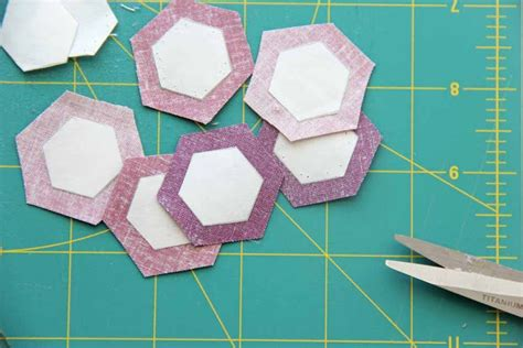How To Make A Hexagon Out Of Paper - how to sew paper pieced hexagons weallsew