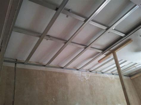 Decke Gipskarton by Trockenbau Gerade Decken Durch Unterkonstruktion Und