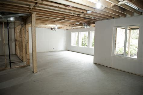 Unfinished Basement Floor Ideas Basement Remodeling Ideas Unfinished Basement
