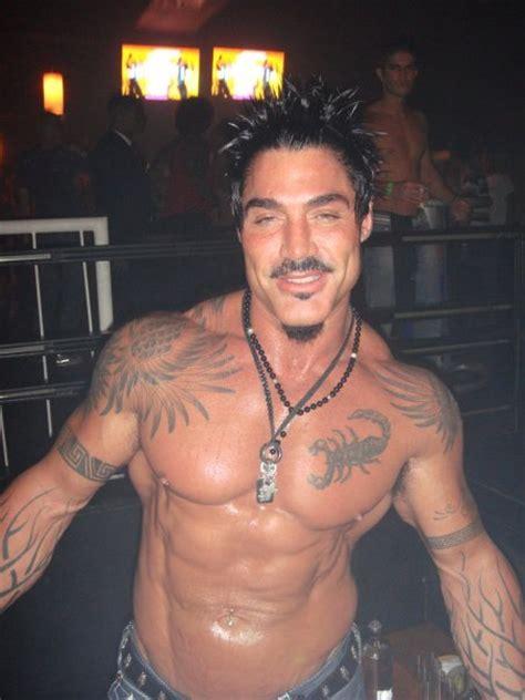imagenes de tatuajes de zyzz churero com ricardo fort tuve sexo con hombres cuando