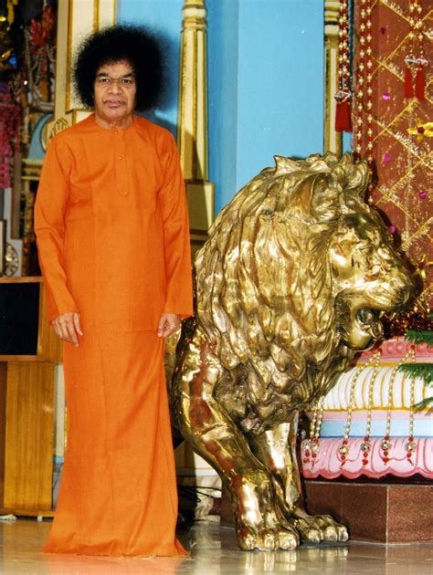 Sri Sathya Sai Mba by Sathya Sai With Students Conversations With The New Mba