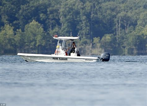 duck boat kills family identified the 17 people killed when their duck boat