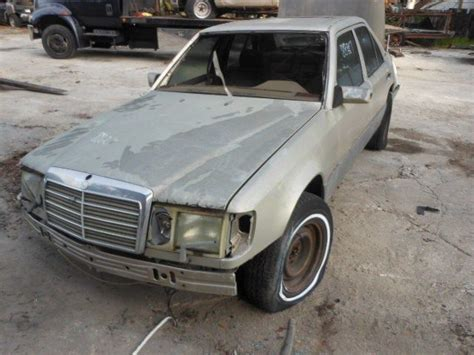1990 Mercedes 300e Parts 1990 Mercedes Mercedes 300e Glass And Mirrors 275