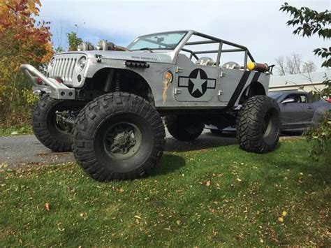 ww2 jeep with machine gun wwii themed jeep has machine gun turbos and riveted