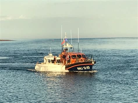boat mooring exmouth exmouth s volunteers tasked to fishing boat in difficulty