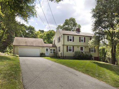 top homes for sale in smithfield ri on 15 brayton road