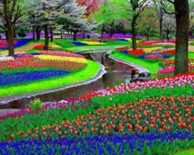 25 photographs of the world s most famous gardens