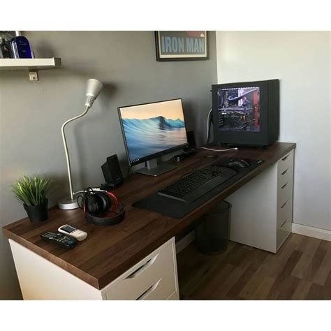 Best 25 Pc Setup Ideas On Pinterest Gaming Desk For Pc Computer Desk Setups