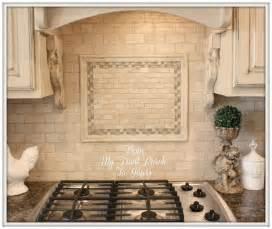 Travertine Tile Kitchen Backsplash Best 25 Travertine Backsplash Ideas On Pinterest