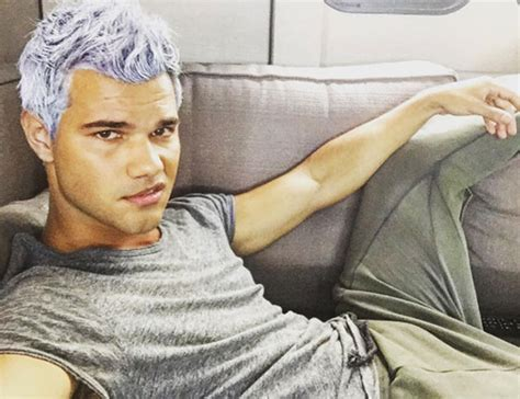 taylor launtner hair tutoorial taylor lautner has dyed his hair purple see his bold new
