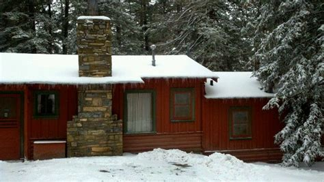 a cloudcroft cabin in the snow cloudcroft new