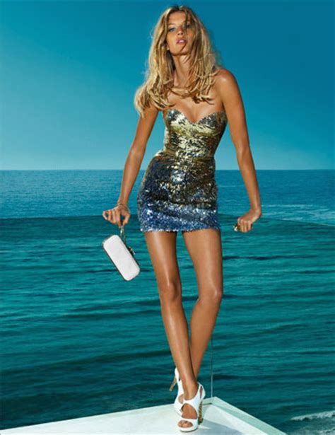 Fab Ad Gisele Bundchen For Versace by Kate Moss And Gisele B 252 Ndchen For Versace Summer