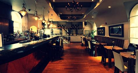 design quarter art lounge stirlings bar jewellery quarter birmingham bar reviews