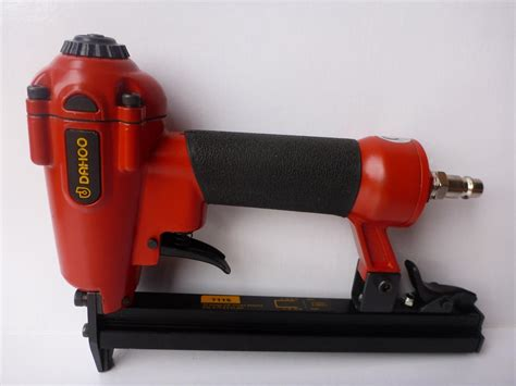 Pneumatic Stapler For Upholstery by Dahoo Upholstery Air Pneumatic Stapler Nailer Combo 22