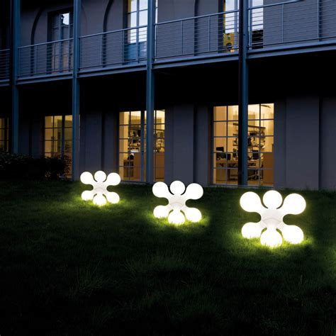 Outdoor Modern Lights 10 Tips For Diy Outdoor Lighting Pegasus Lighting