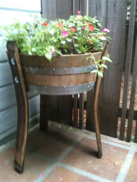 quarter barrel planter  stave legs diy home projects