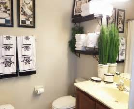 Decor Ideas For Bathroom Guest Bathroom Decorating On A Budget Be My Guest With