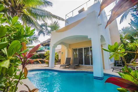 playa del carmen house rentals 7 reasons you ll love playa del carmen vacation rentals condo hotels