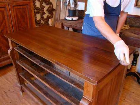 come lucidare i mobili di legno la lucidatura a tone