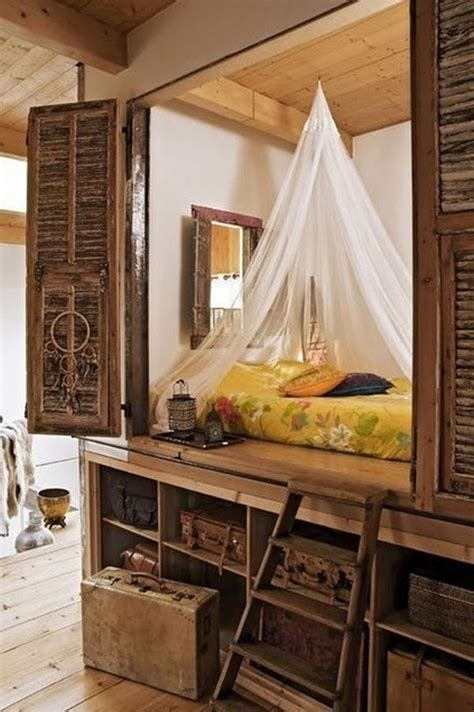 Rustic Home Wall Decor 16 cozy and stylish alcove beds that add character to the home