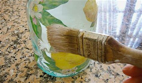 liquori fatti in casa come decorare una bottiglia per i liquori fatti in casa