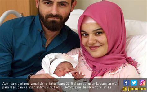 Jilbab Bayi Bru Lahir Ujaran Kebencian Makin Gila Bayi Baru Lahir Pun Jadi